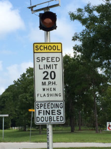speed limit 20mph sign