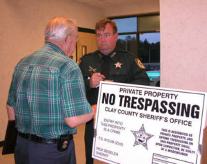 No trespassing private property
